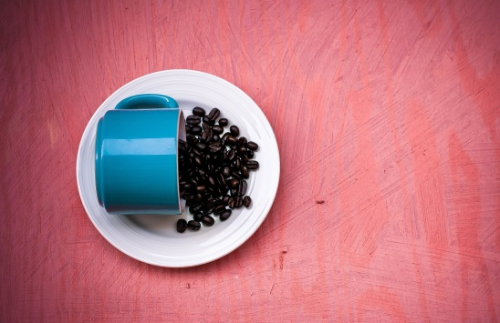 coffee-beans-blue-red-162707