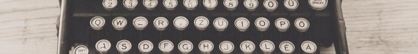 typewriter-vintage-old-vintage-typewriter-163084-2